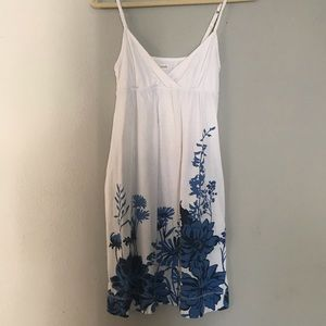 Aeropostale White summer dress with pockets